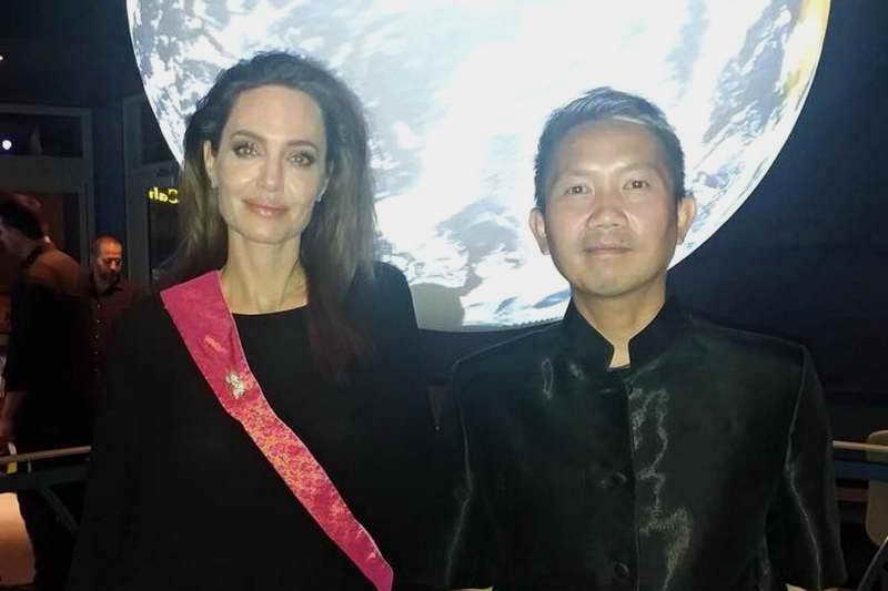 Прач Ли и Джоли