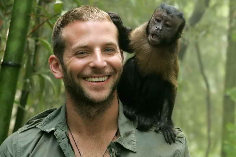 Брэдли Купер с обезьяной